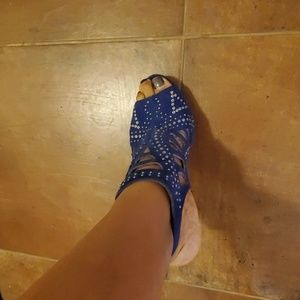 10B vince camuto suede navy royal shoes